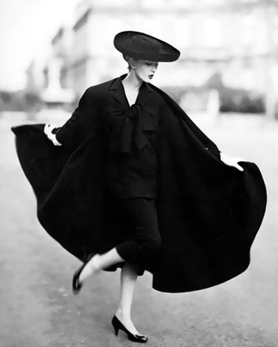 .Photos, Paris, Richard Avedon, Lanvin Castillo, Capes, Vintage Fashion Photography, Richardavedon, Struction, Auguste 1955