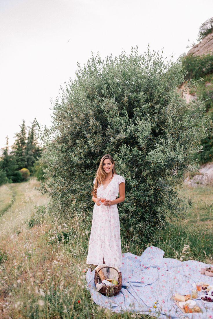 Gal Meets Glam Sunset Picnic in Saint Saturnin-Les-Apt -Reformation dress, Frye flats & Market backpack
