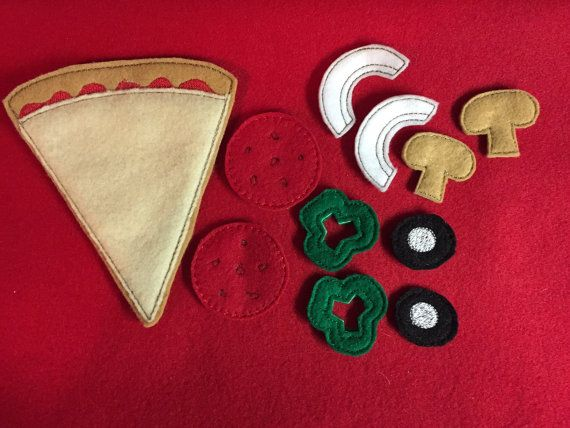 Pizza Set by HandiCraftHodgePodge on Etsy