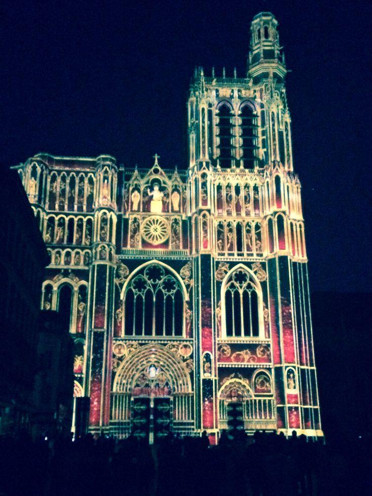 C'est vraiment beau... 850 ans de la cathédrale de Sens.