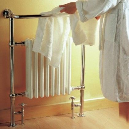 "Marquis Traditional Hydronic Towel Warmer 25"" x 37"""
