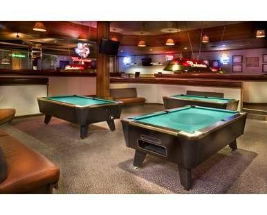 Doubletree Hotel Houston Intercontinental Airport, TX - Derricks Saloon