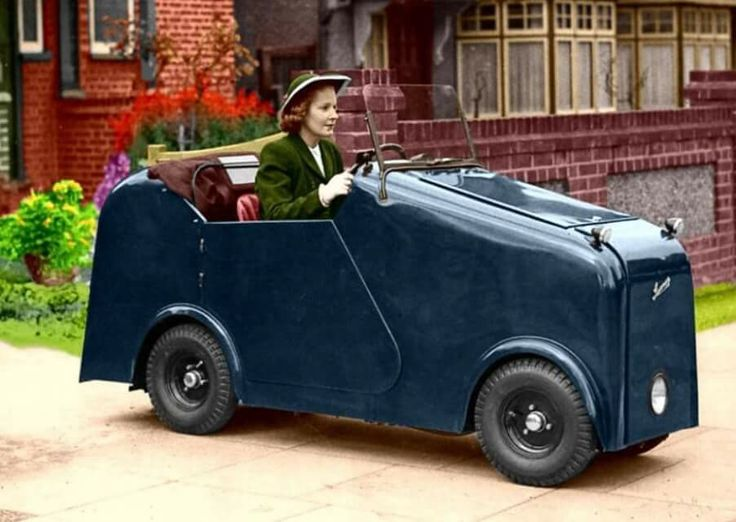 "1946 Larmar 249cc. 1946-1951 Larmar (United Kingdom)  2' 4"" wide. Billed as the narrowest car in the world."