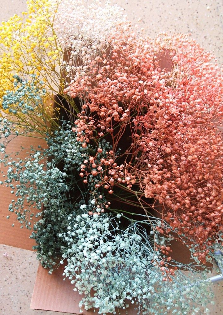 Happy Spring Learn To Make A Diy Rainbow Baby S Breath Easter Centerpiece Blissmakes Dried Flowers How To Preserve Flowers Easter Centerpieces