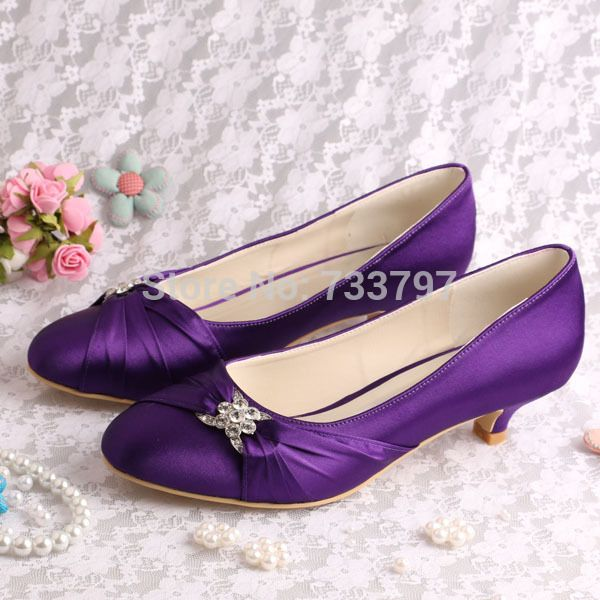 Best 25  Purple women's pumps ideas on Pinterest | Purple dress ...
