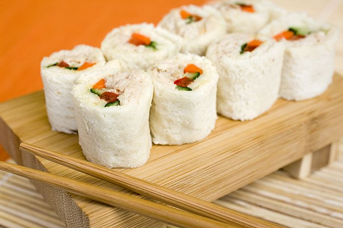 Sandwich sushi! I bet I could get my picky eater to devour any sandwich like this!