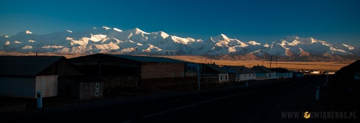 Chain of Pamir mountains seen from kyrgyz village Sary Tash.