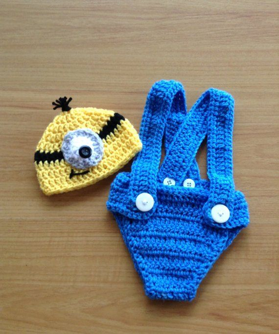 Baby Minion Halloween Costume from Despicable Me OMG IF I HAD A BABY I WOULD TOTALLY DO THIS!!!!!!!!!!!!!