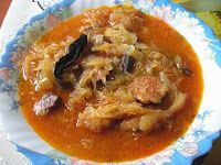 Kapustnica: Sausage and cabbage soup