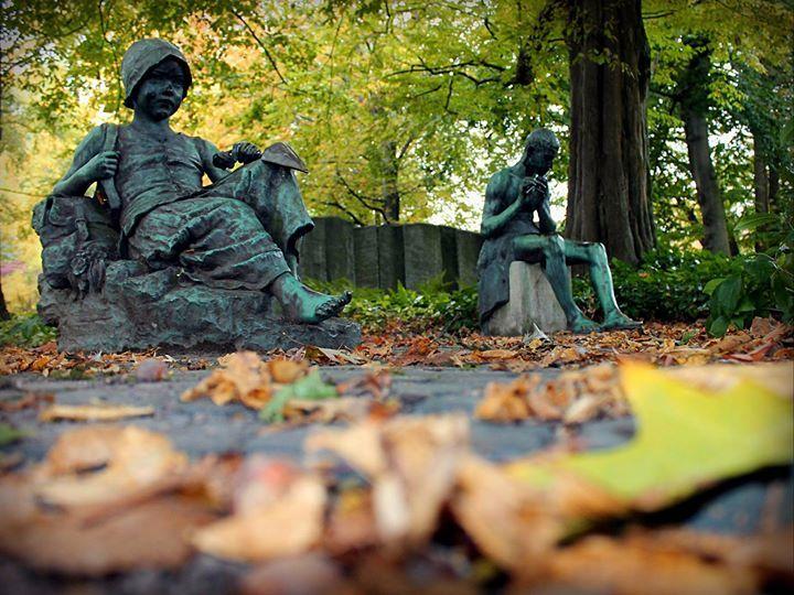 Great Figuren Waldstaudengarten