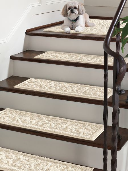 Vista Scroll Stair Treads Set Of 4 Nonslip Backing Keeps These In Place Solutions Rugs Stairs