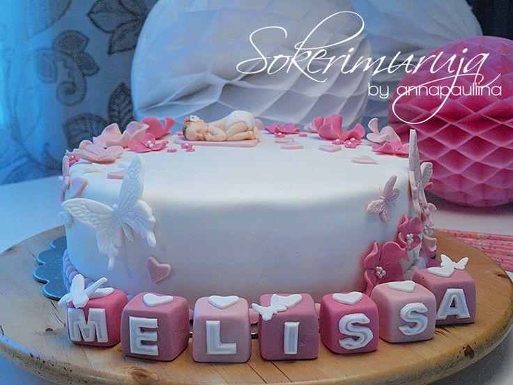 Sokerimuruja : Kun on oikein pieni voi levätä kukassa tuoksuvassa. Onnea pienelle tyttövauvalle!   Ristiäisjuhlakakku pienelle tytölle. / Christening Cake for a baby girl.