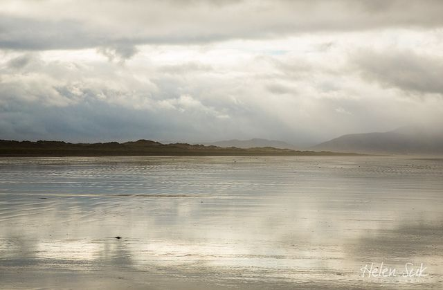 A secluded beach in the Dingle Peninsula, Ireland. Find more images of Inch Beach in the blog post.