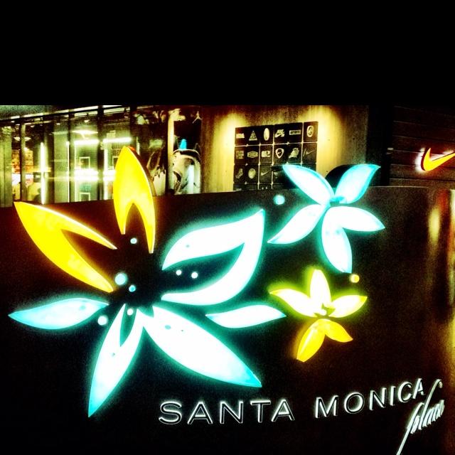 Santa Monica Plaza