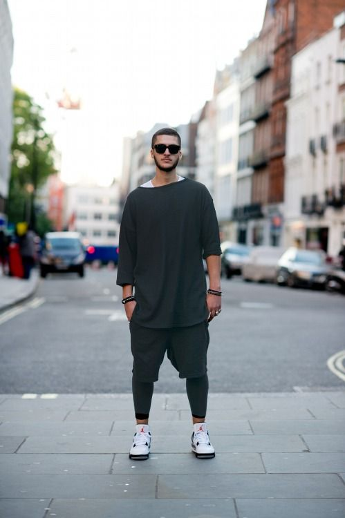 Simple, loose, casual ABE, tights, shorts,  Street Style.