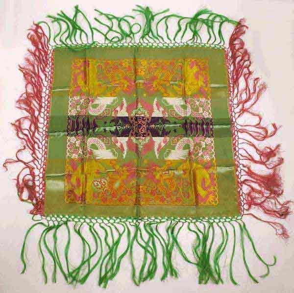 Vintage WWII Era Shawl Silk Brocade Taj Mahal Style