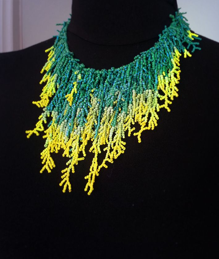 MiaQ | 03/2016 | Tree Lichen inspired Collier | Dark Green and Yellow Green Rocailles