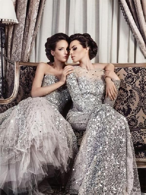Best 25 diamond wedding theme ideas on pinterest for Wedding dresses with pearls and diamonds