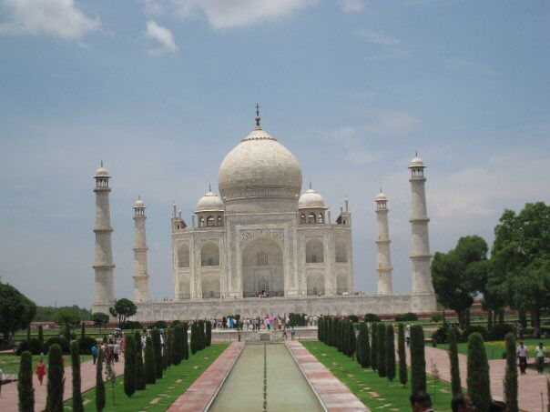 India - Taj Mahal in 2009 with boyfriend
