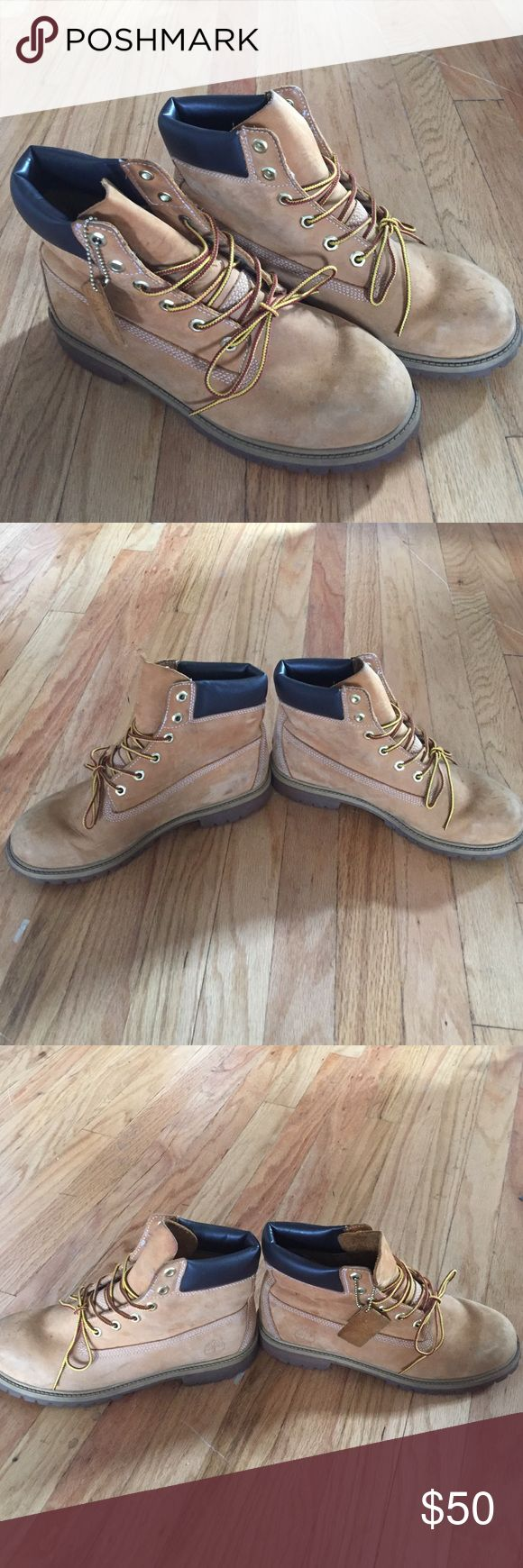 Wheat Timberland Boots What's Timberland boots works multiple times but still in decent condition! Perfect for winter months coming ahead. Size 7 in kids. Small scuffs on toe and on heel. I wear a 9 in women and can fit these. Size 8.5 would fit as well. Timberland Shoes Winter & Rain Boots
