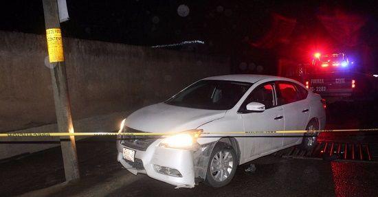 Encuentran auto ensangrentado y baleado en Poza Rica - http://www.esnoticiaveracruz.com/encuentran-auto-ensangrentado-y-baleado-en-poza-rica/
