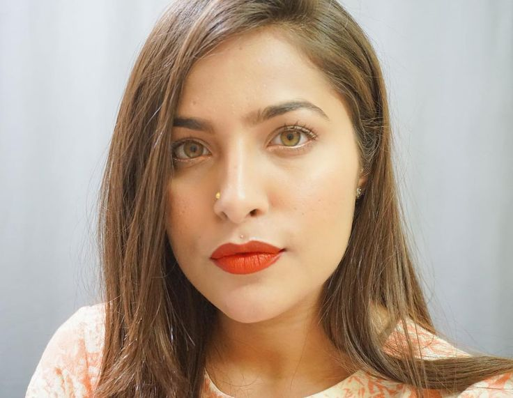 BARE EYES BOLD LIPS Makeup Tutorial went live on my channel. It's a minimal makeup look featuring bold lips and as summers are approaching it's apt for the summer weather too  . . . Don't forget to subscribe to my channel Urban Panache and do let me know in the comments how you liked it  . . . . Lips - @nyxcosmetics_in lipstick in Eden Eyes- @essence_cosmetics eye pencil in money penny . . . . #urbanpanache #makeuplooks #makeuplookoftheday #motd #VOTD #makeupvideosdailyx #makeuptalk…