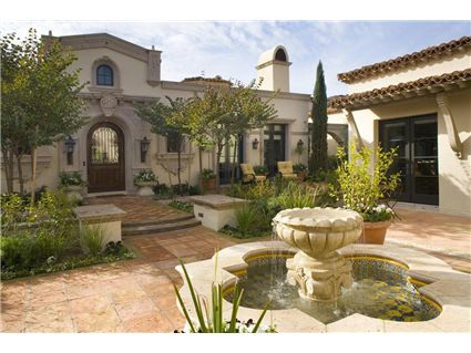 Spanish colonial hacienda entry courtyard love for Courtyard in front of house