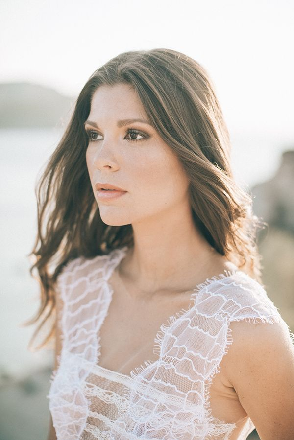 This boho styled shoot took place on beautiful cliffside near Athens Greece and has so many pretty details. From the tropical vibe in the decor, the lovely