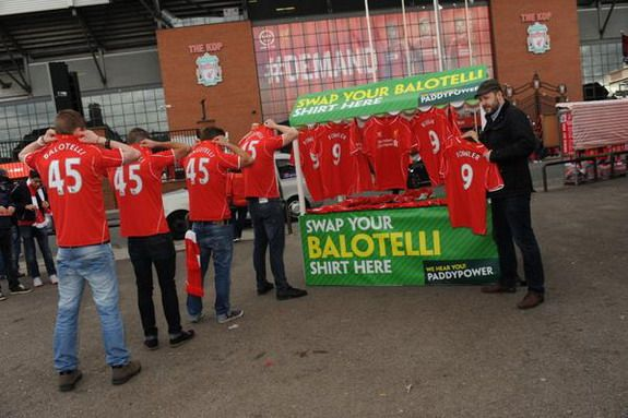 Paddy Power gives chance for Liverpool fans to swap Mario Balotelli shirts