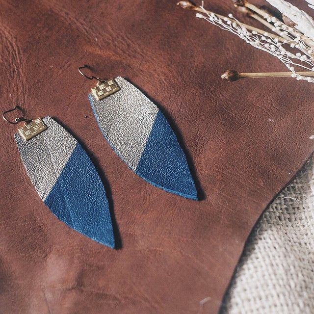 Also in our gemstone collection are the Sapphire leather earrings. The pair shown above are the Feather type in blue and gold.  Also available are the Twirl type in full gold, Twirl type in blue and gold, and Pillar type in full gold.  Designed by Stefanno Tan