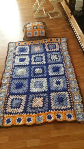 El emeği göz nuru battaniyeler Hayır kurumu yararına satışa hazır.