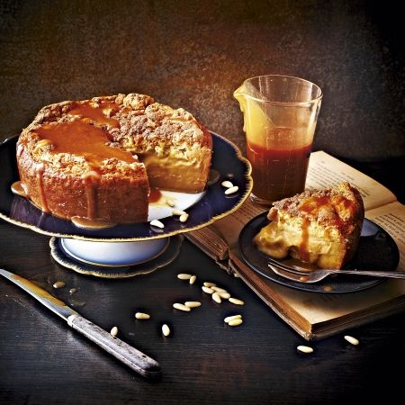 Salted caramel magic cake