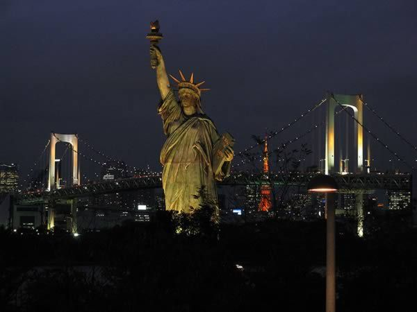 Most Curious Replicas of Famous Landmarks: The Statue of Liberty Replica (Odaiba, Japan)