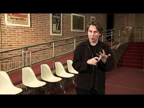 """Esa-Pekka Salonen probt """"Nyx"""" mit dem Symphonieorchester des BR - Probenstreiflicht - BR"""
