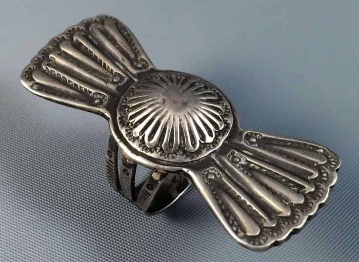 """2"""" 1930s Old Pawn Navajo FRED HARVEY Era COIN Silver BOW TIE Repousse Ring Sz 8"""