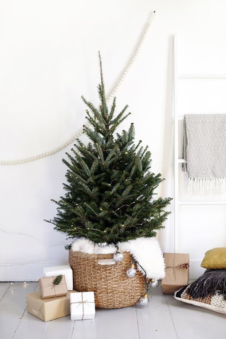incredibly chic modern minimalist christmas trees - Small Christmas Tree