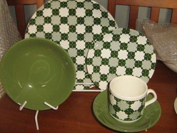 Green Geometric Shape Set for 1