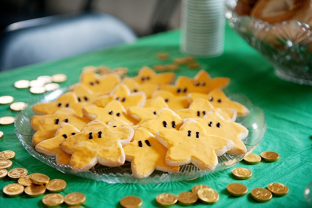 Mario Birthday Party Idea. Star power cookies. I might just try to do star cut out pineapple or cantelope to make it a more healthy addition :)