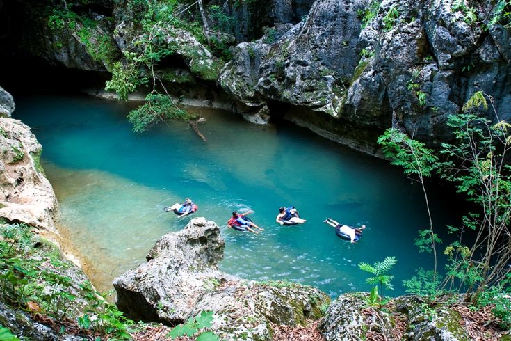 Belize, River Tubing