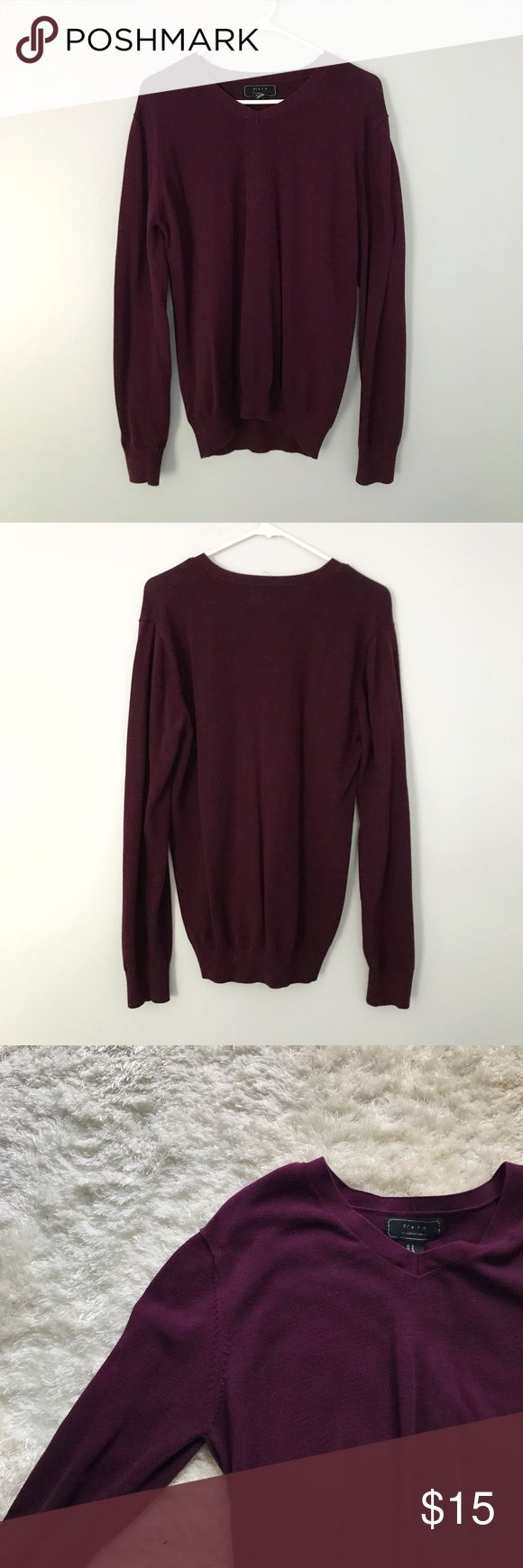 V-Neck Wool Sweater 21 Men Wool Sweater in maroon. Relatively light and stays put where it's worn. 21men Sweaters V-Neck