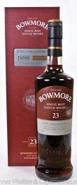 Bowmore Whisky 23 y.o. 1989 Port Cask.  Region: Islay nur eine Flasche 50,8 % alc./vol. 0,7l nicht kühlgefiltert Fassart: Ex-Portweinfass Destilliert: 1989 Abgefüllt: 2013 Flaschenanzahl: 12000 Nase: Fruchtig, rauchig, Schokolade, Nuss, Salz, Holz, Seetang Geschmack: Frucht, Süße, Vanille, Trüffel, Salz, Speck Finish: Langer Abgang, süß, Rauch, Salz