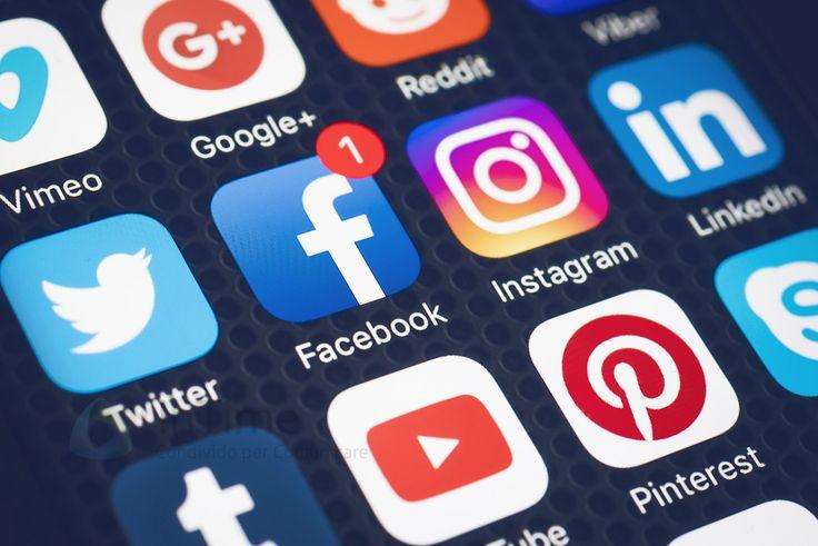 Puntuale, come ogni anno, We Are Social pubblica l'interessante report di inizio anno sullo stato del #Digitale a livello globale, con una bella panoramica sui singoli stati. Guardando quindi all'Italia, gli utenti online sono 43 milioni e 34 milioni sono gli utenti sui #SocialMedia che crescono del 10% in un anno, con un tempo medio giornaliero di 1 ora e 53 minuti.