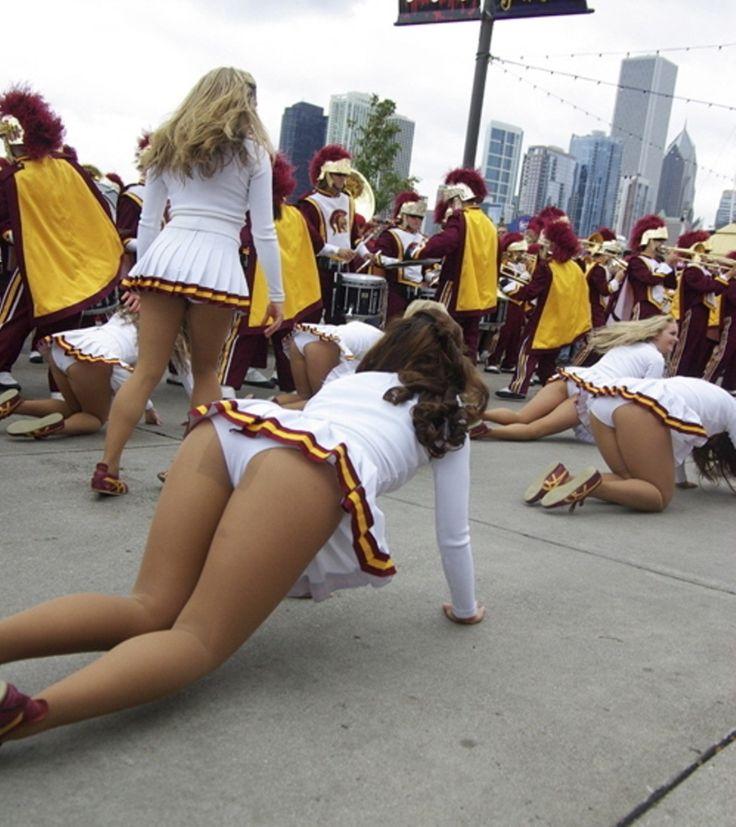 Real Cheerleader Upskirt Pics