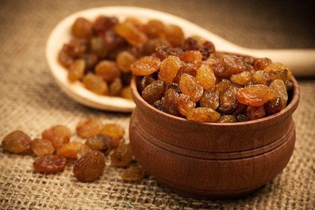 ما هي فوائد الزبيب للصحة الحامل و بشرتها Raisins Benefits Food Water Retention Remedies