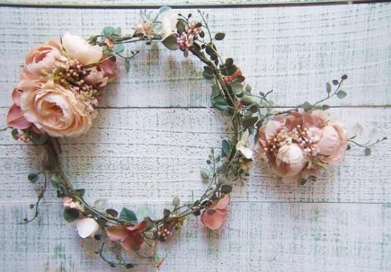 ナチュラルラナンキュラスとツタの花冠&リストレット2点SET - 大人可愛い花冠 ブライダル・ウェディング 【アルモニ】