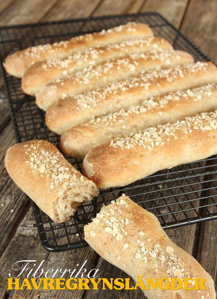 Rustika, fiberrika havregrynsbröd som är saftiga och välsmakande.