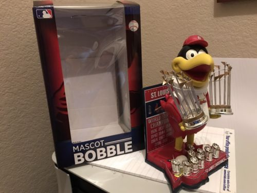 MLB WORLD SERIES CHAMPIONS MASCOT ST. LOUIS CARDINALS BOBBLEHEAD FREDBIRD