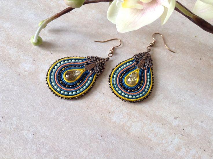 Сутажные серьги с филигранной фурнитурой. Soutache earrings
