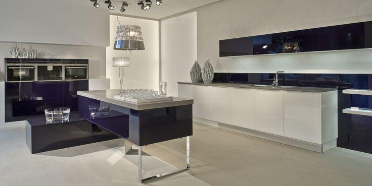 #kitchen #designerkitchen #konigkitchens