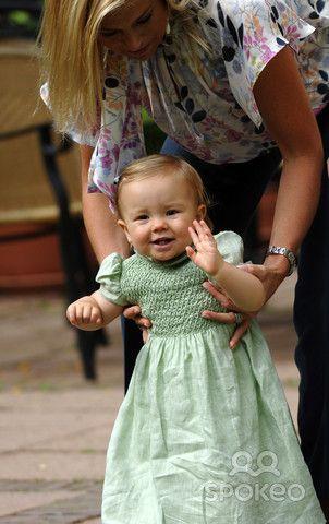 Princess Maxima, Princess Ariane of the Netherlands during a Dutch Royal Family photocall at Landgoed de Horsten